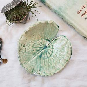 Leaf/dragonfly pottery dish- trinket tray